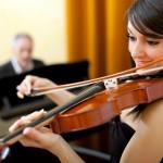 大人はバイオリンが二重奏、三重奏アンサンブルも楽しい♪初心者でも大丈夫