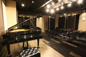 ピアノのホール